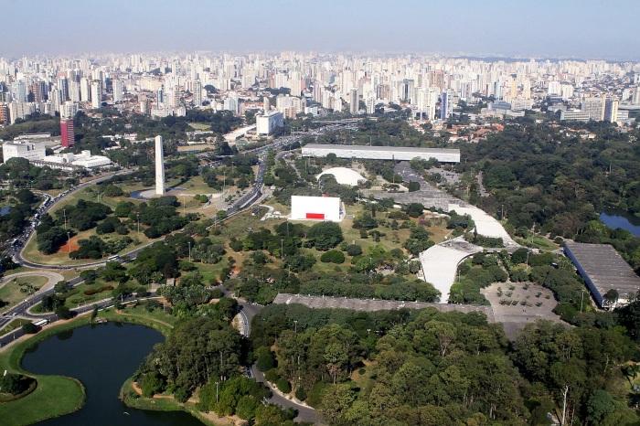 Parque do Ibirapuera – São Paulo (SP) – 01/06/2011 – Geral - Imagem aérea do parque do Ibirapuera, localizado no bairro do Ibirapuera. Destaque para o lago do parque.